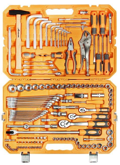Набор инструментов универсальный 132 предмета + фонарь, пласт.кейс